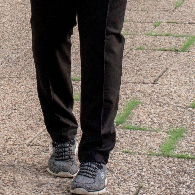 Tutorial: Bügelfalten in Hosen unkompliziert genäht