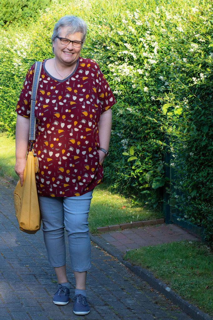 Feine Kunstfaser für Sommerkleidung
